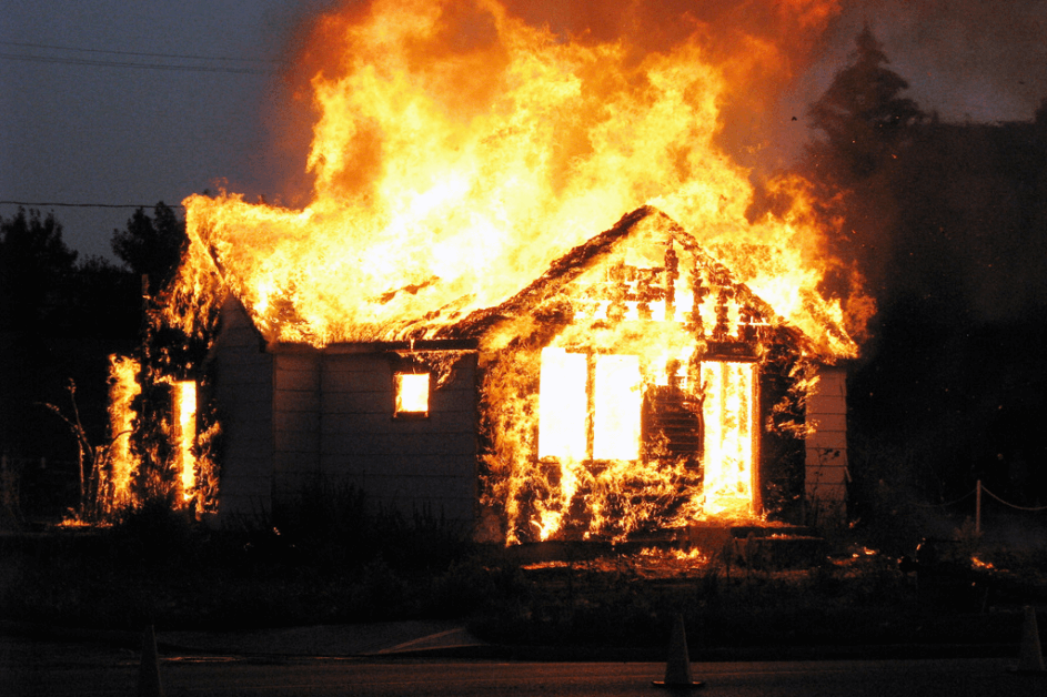 5 Awful Things That Make Potential Buyers Want to Burn Your House ...